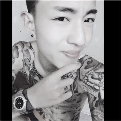 男生网络红人皮肤图片_野性入骨_你不会笑快手李耀阳